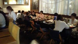 UZU ウズカフェ テーブル席